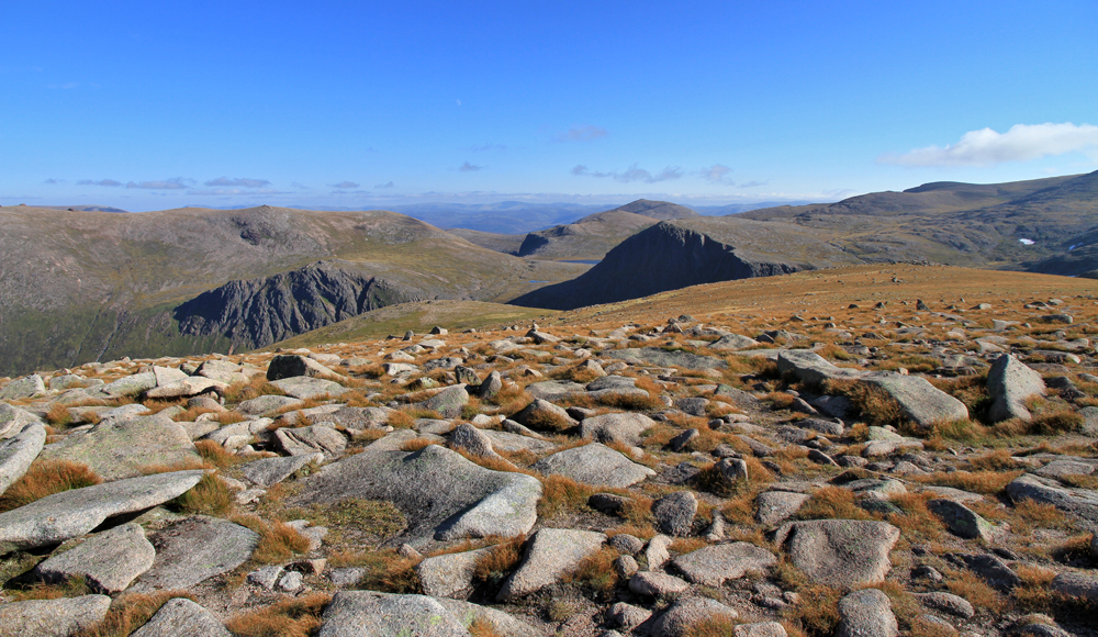 Photo-No.2-The-Cairngorm-plateau-in-Autumn[1]