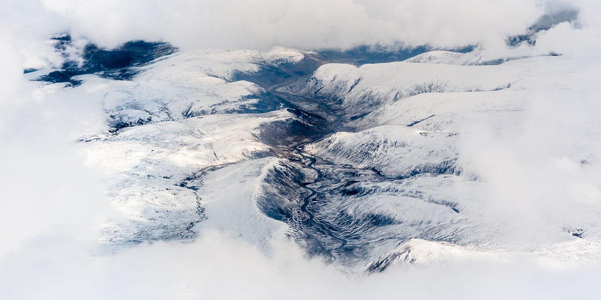 Skiing Scottish Highlands